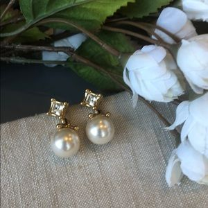 Vintage Swarovski drop pearl earrings